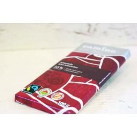 Tablette de chocolat aux amandes
